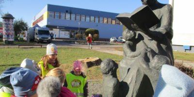 Wycieczka na pomnik Marii Konopnickiej